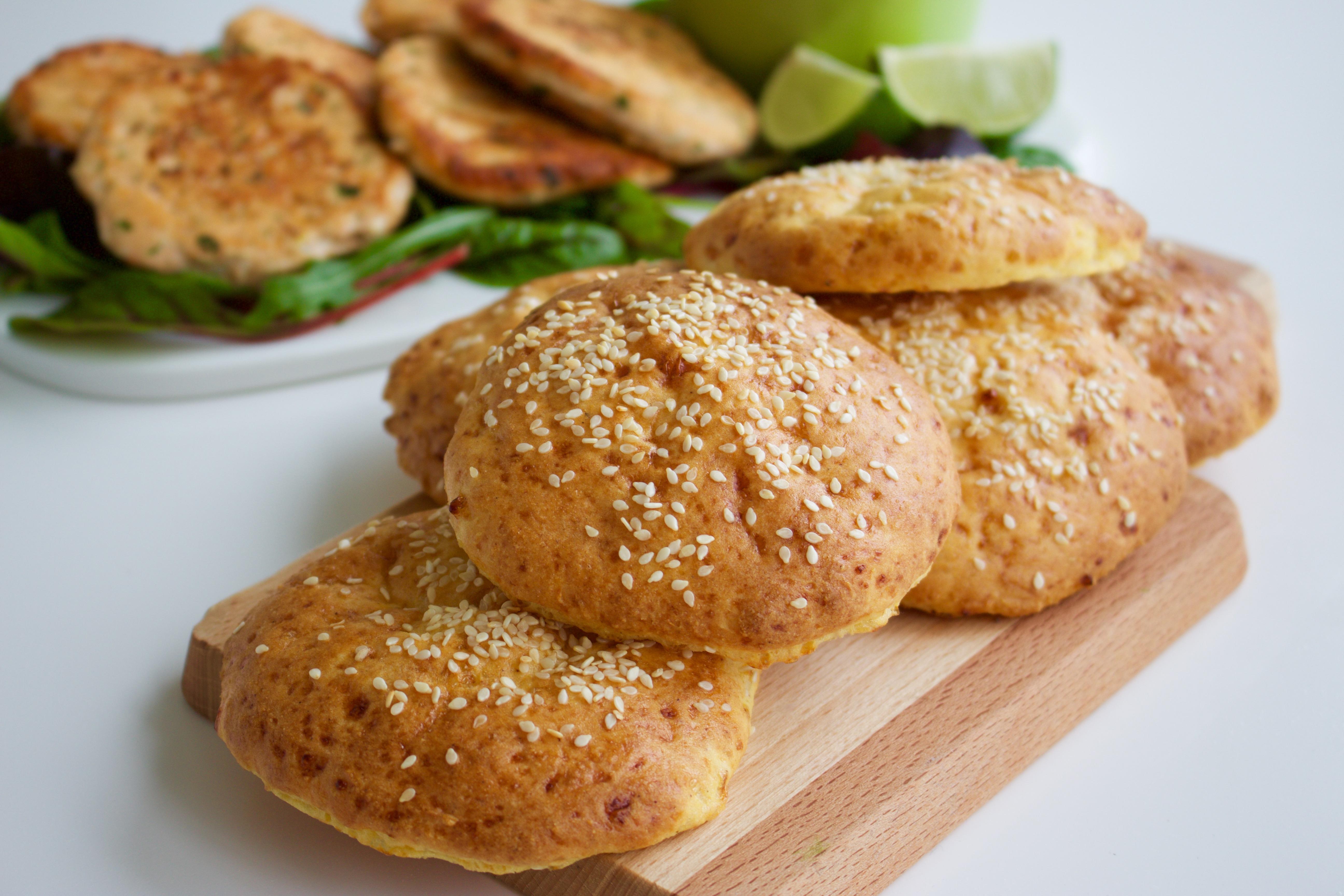 glutenfritt hamburgerbröd med bakpulver