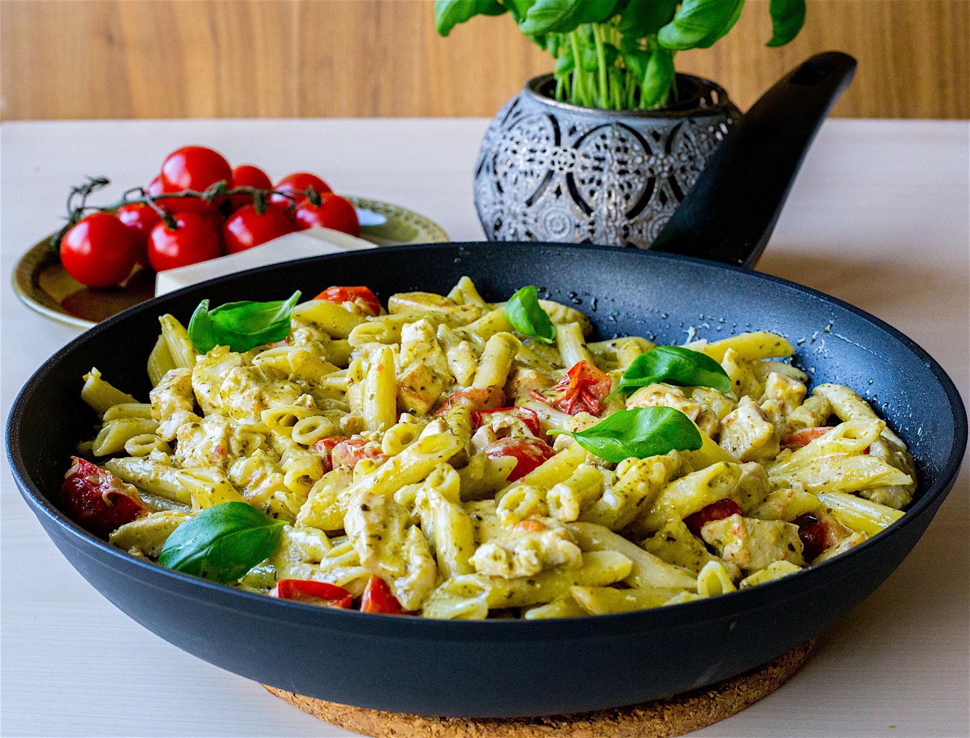 pasta med kyckling pesto